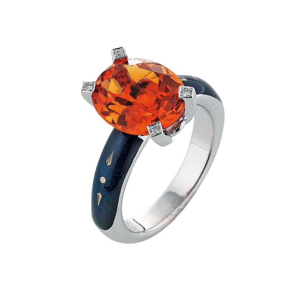 Diamant-besetzter Gold-Ring mit anthrazit emailliertem Guilloche und Pameira Citrin