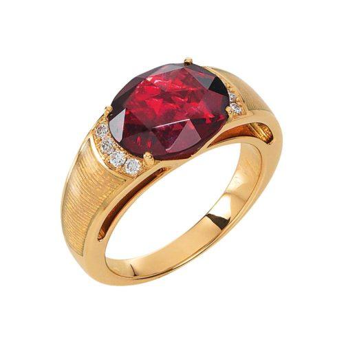Diamant-besetzter Gold-Ring mit opalweiß emailliertem Guilloche und Rubellit