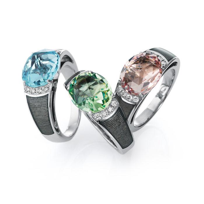 Diamant-besetzter Gold-Ring mit silberfarben emailliertem Guilloche und Aquamarin, Heliodor oder Morganit