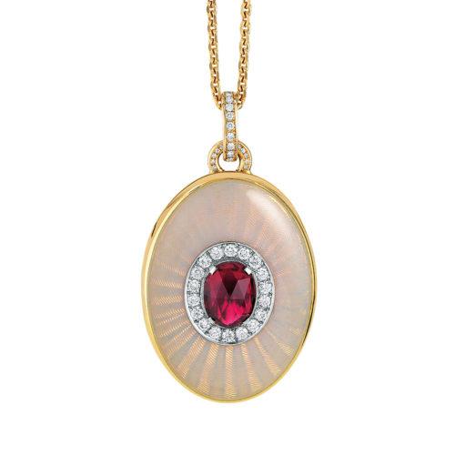 Diamant-besetztes Gold-Medaillon mit opalweiß emailliertem Guilloche und Rubellit zum Aufklappen für eigene Bilder