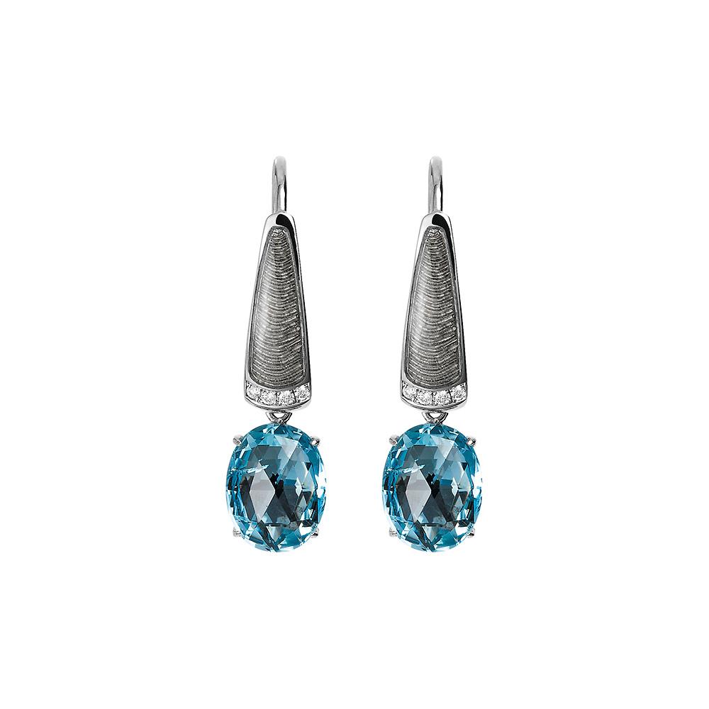 Diamant-besetzte Gold-Ohrringe mit silberfarben emailliertem Guilloche und Aquamarin