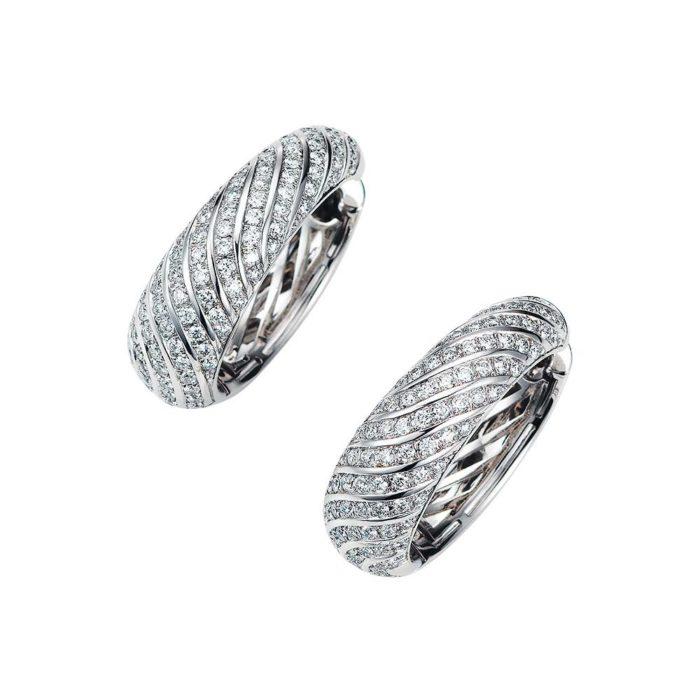 Diamant-besetzte Gold-Ohrringe in Creolen-Form