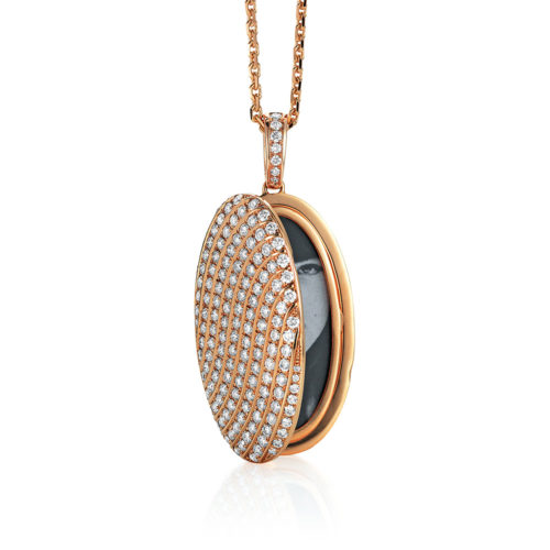 Diamond-set gold locket for your own pictures