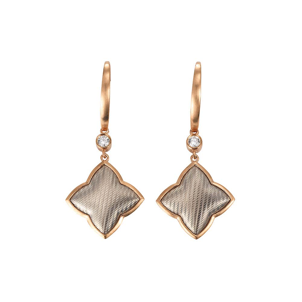 Diamant-besetzte Gold-Ohrringe mit Guilloche