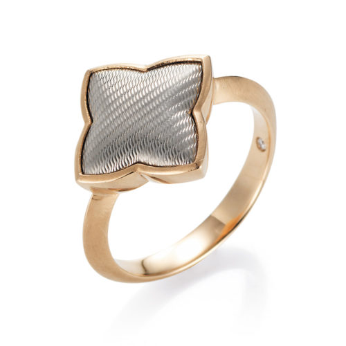 Gold-Ring mit Guilloche