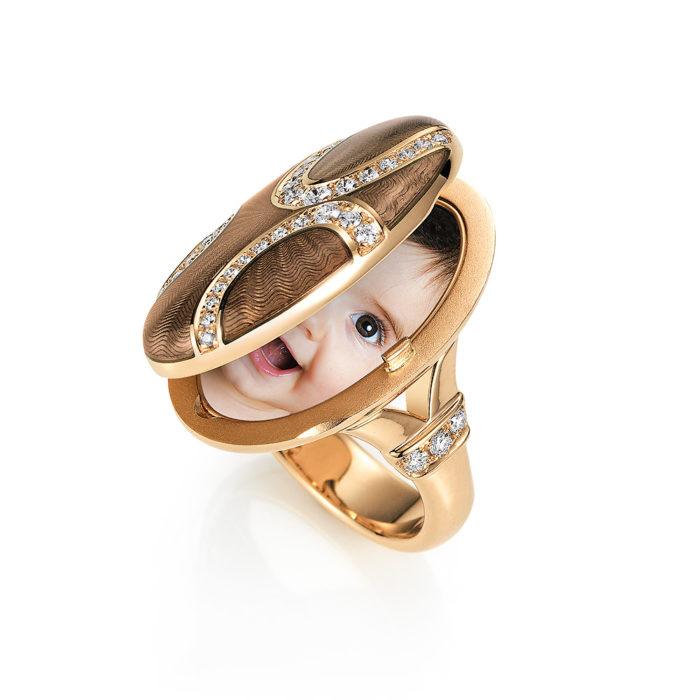 Diamond-set, rose gold ring with locket in light grey guilloche enamel