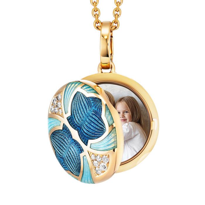 Diamant-besetztes Gold-Medaillon mit blau emailliertem Guilloche