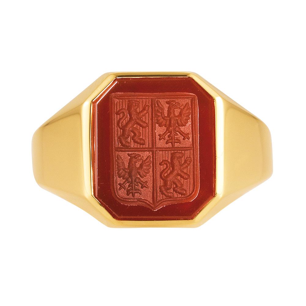 gelb-goldener Siegelring mit achteckigem Carneol mit graviertem Schild