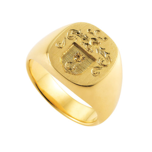 yellow-gold signet-ring with cushion shaped metal plate and an engraved coat of arms