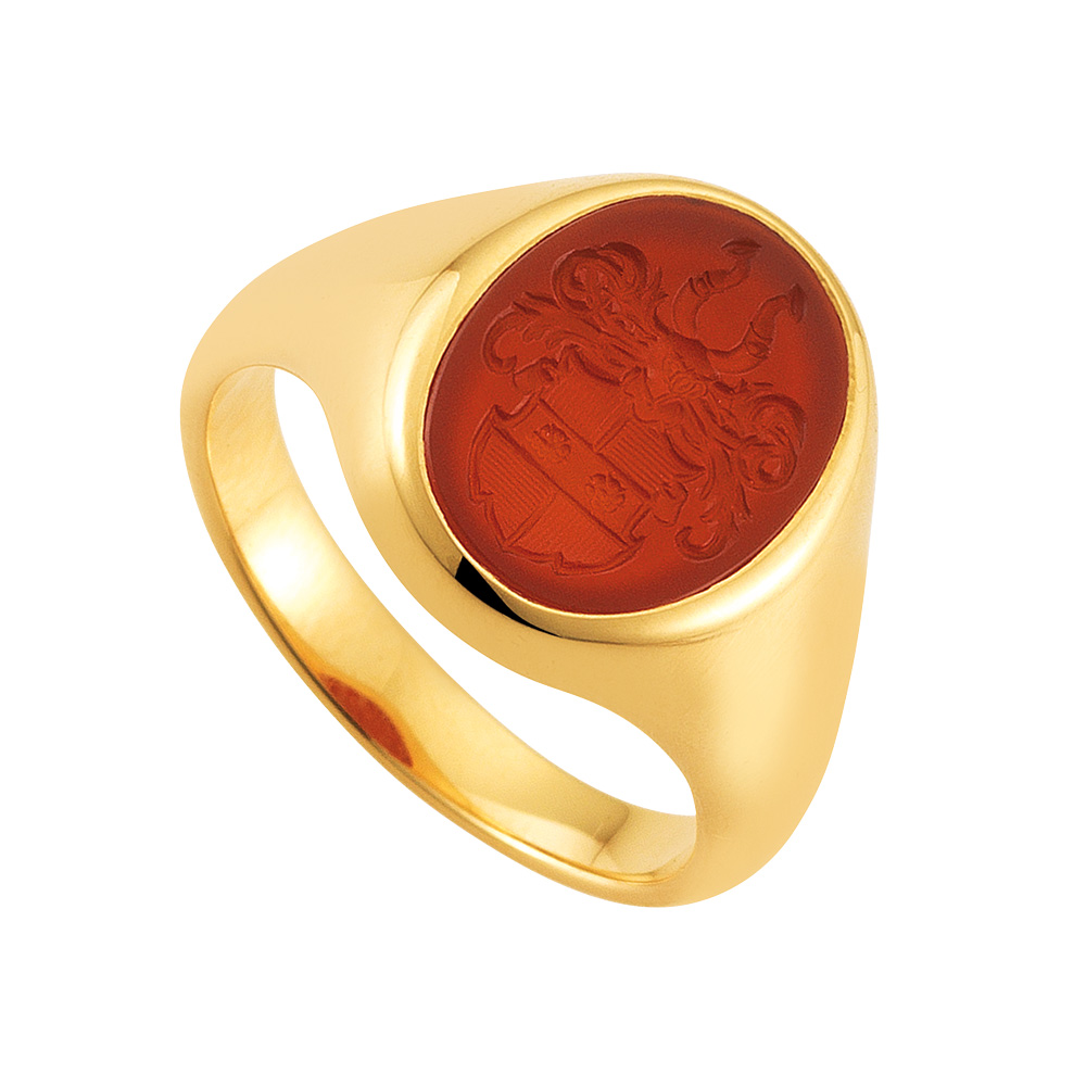 rose gold signet-ring with oval carnelian with an engraved coat of arms