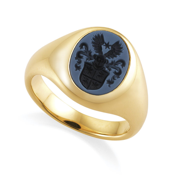 Rose-gold, signet-ring with oval blue niccolo with an engraved coat of arms