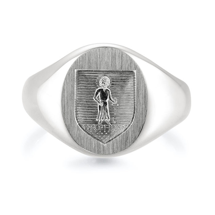 white-gold signet-ring with metal-plate engraved with an engraved shield