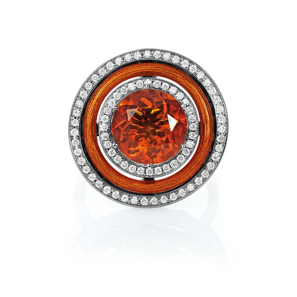 Diamant-besetzter Gold-Ring mit Feueropal und herbstgelb emailliertem Guilloche