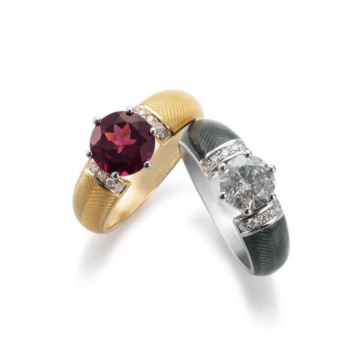 Gold Ring with Rhodolite, diamonds and enamelled guilloche